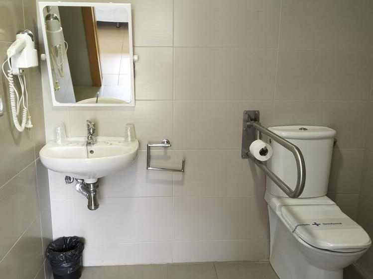 Baño Habitación Doble Alcocebre Suites Hotel