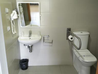 bano_1-suite-superior-alcocebre-suites-hotel-.jpg