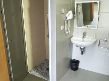 bano_3-suite-superior-alcocebre-suites-hotel-.jpg