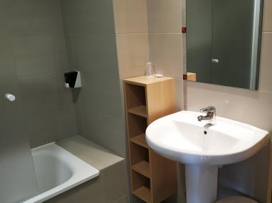 bano_7-suite-superior-alcocebre-suites-hotel-.jpg