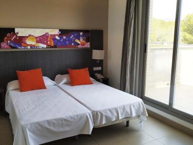 dormitorio_2-suite-superior-alcocebre-suites-hotel-.jpg