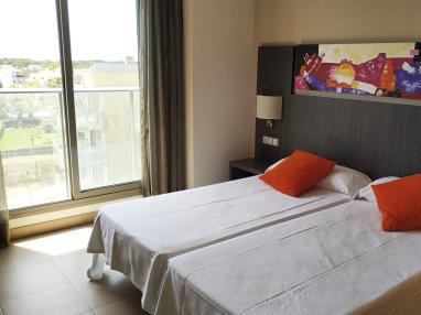 dormitorio_7-suite-superior-alcocebre-suites-hotel-.jpg