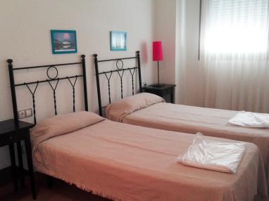 dormitorio_2-apartamento-1-dormitorio-(2-4-personas)-alcocebre-suites-hotel-.jpg
