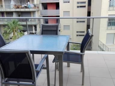 terraza_1-apartamento-2-dormitorios-(4-6-personas)-alcocebre-suites-hotel-.jpg