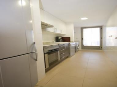 cocina-apartamento-3-dormitorios-(6-8-personas)-alcocebre-suites-hotel-.jpg
