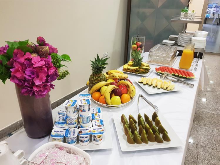 yogures desayuno alcocebre suites hotel.jpg restaurante