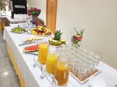 zumos desayuno alcocebre suites hotel.jpg restaurante